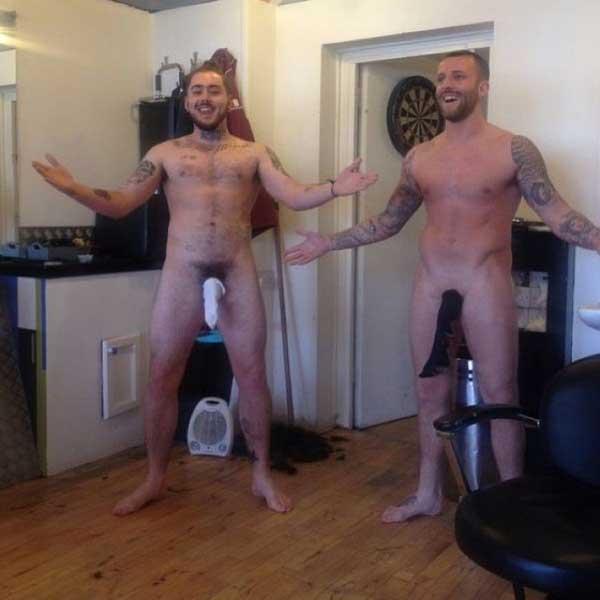 Фото мужчин с носком на причинном месте или инстаграм против рака яичек