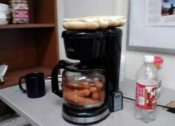 На кухне у одиноких мужчин
