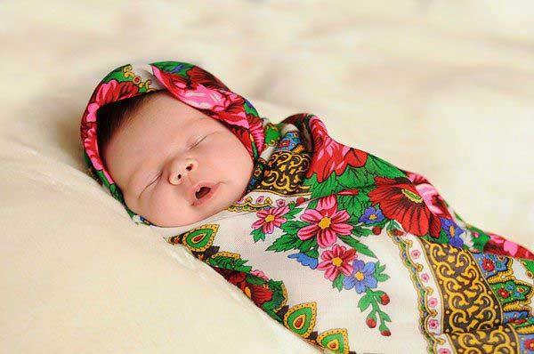 Как следили за беременностью и рожали на Руси